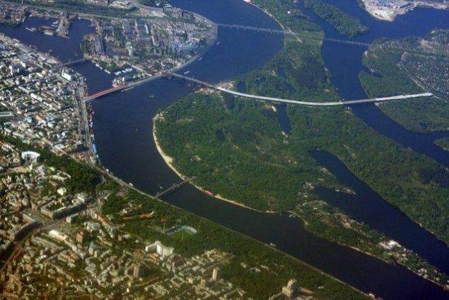 Труханов остров в Киеве
