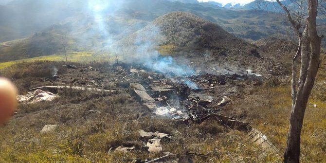 В Индонезии потерпел катастрофу военный самолет