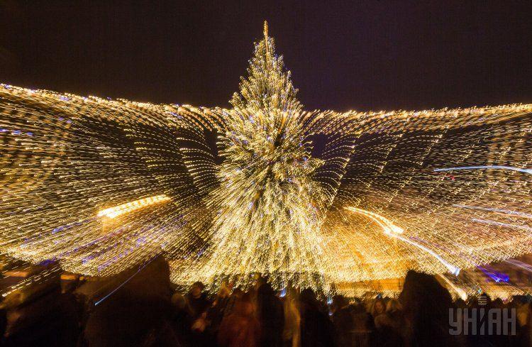 Открытие главной елки Украины на Софийской площади.