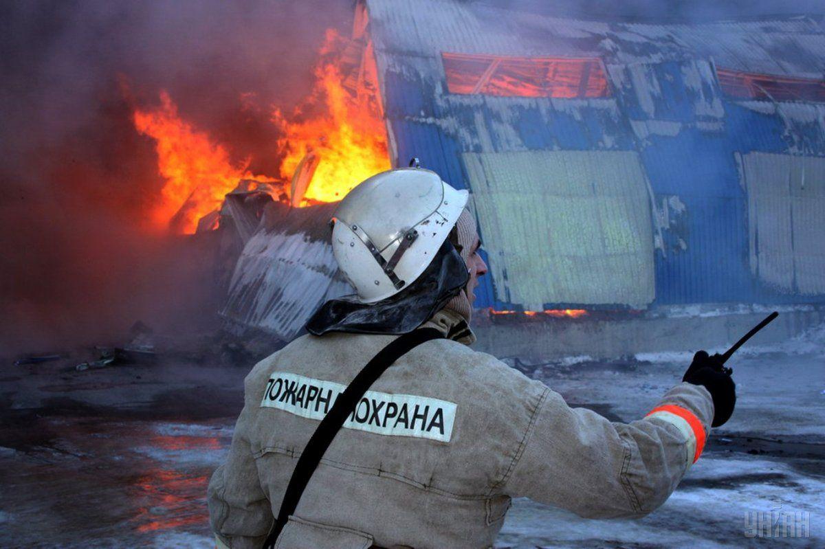 Пожарный в Луганске