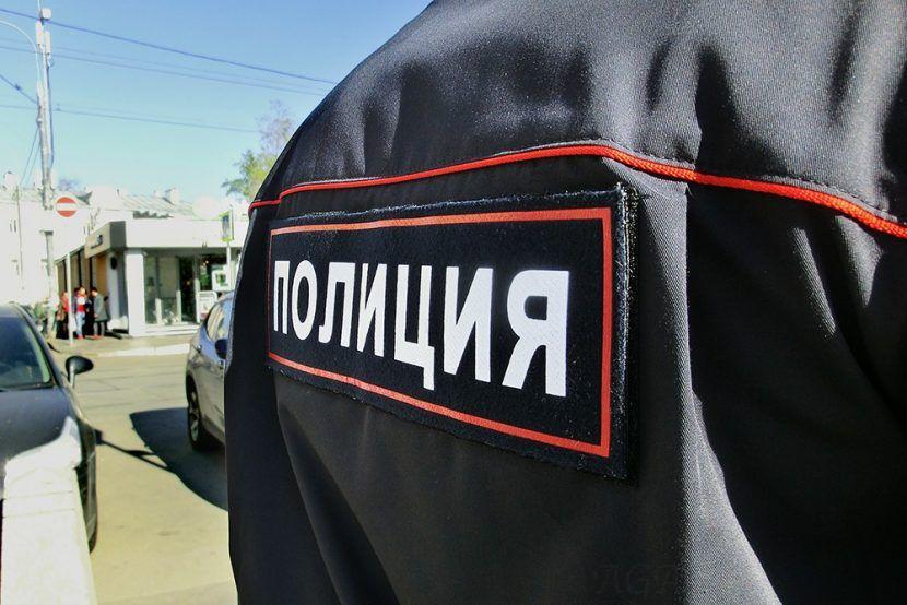 В РФ пьяные полицейские устроили драку