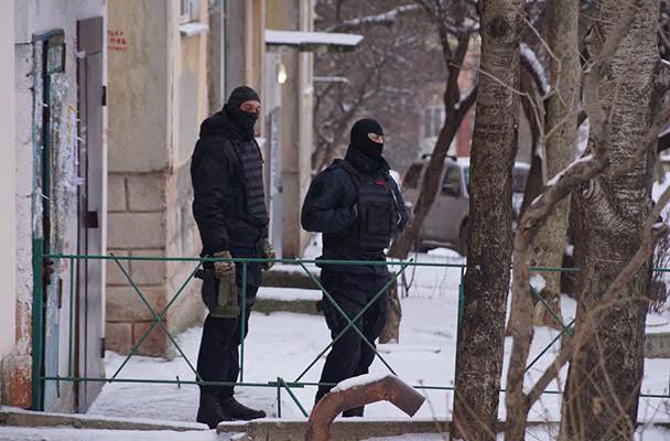 Обыск дома у Эмиля Курбединова