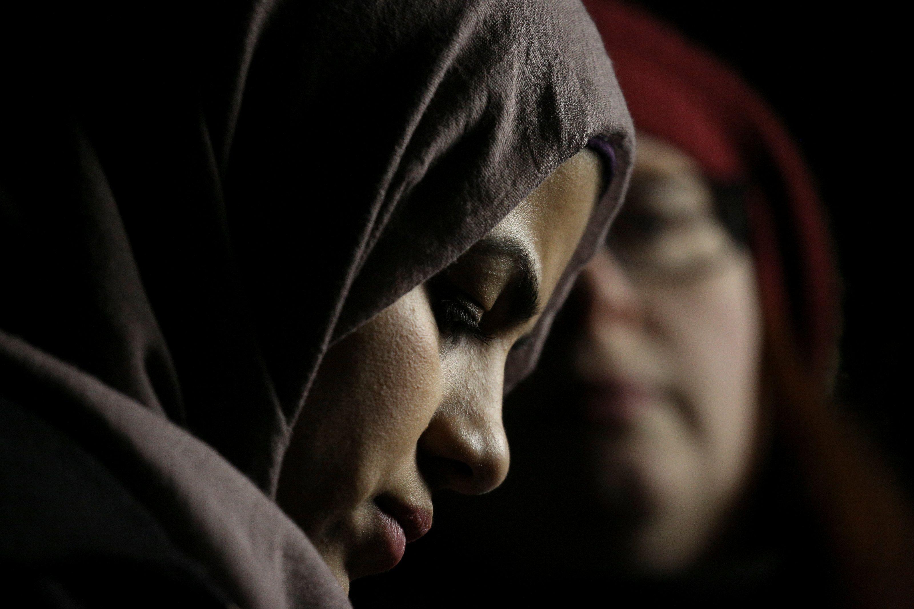 Мусульманские женщины вышли на протест.