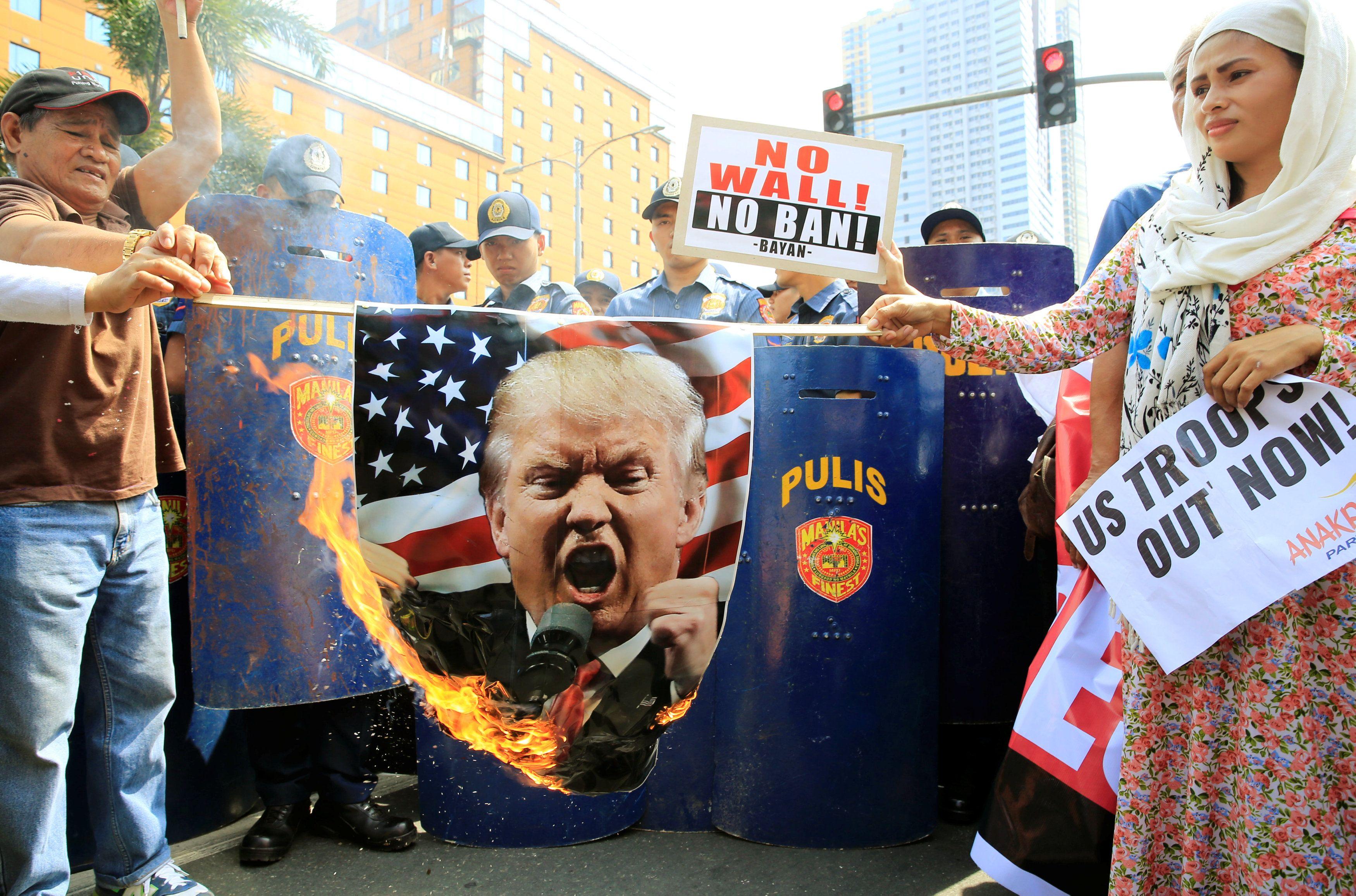 Протесты против миграционной политики Трампа.