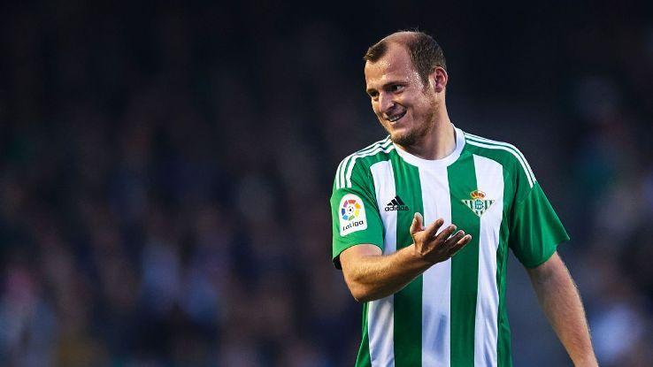 Зозуля разорвал контракт с испанским