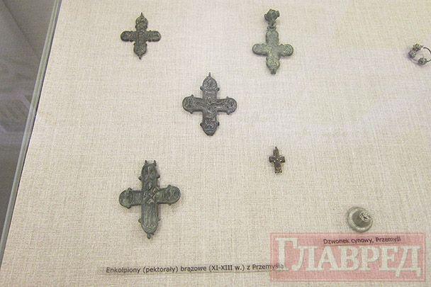 Кресты-энколпионы ХІ-ХІІІ веков