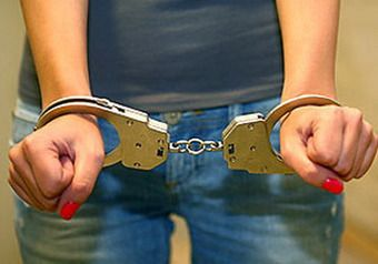 В Киеве арестовали девушку, ранившую кассира