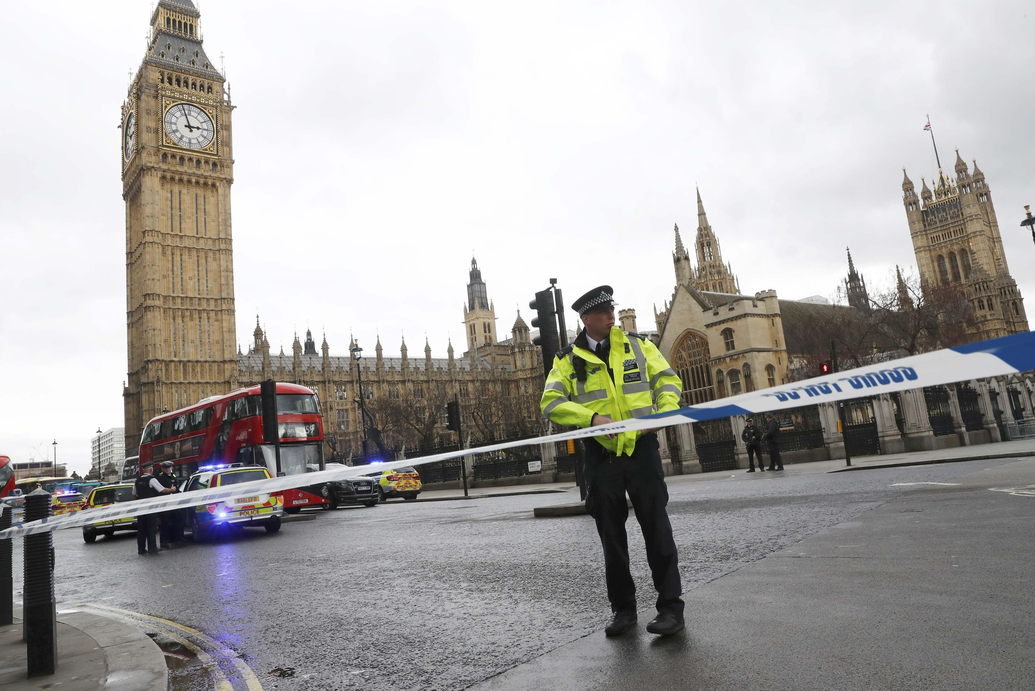 Британская полиция назвала число жертв теракта