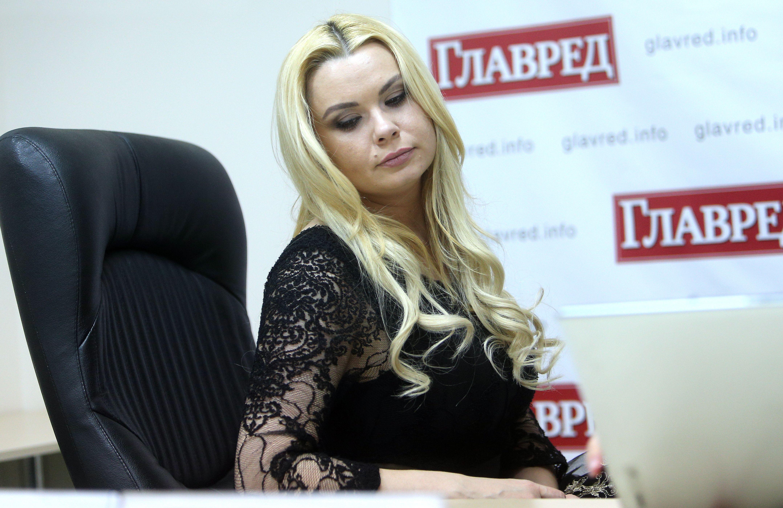 Лора Суперфин