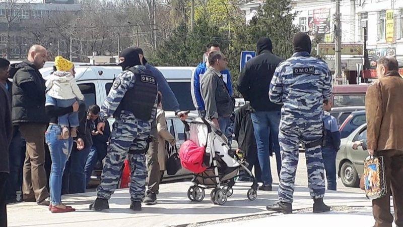 Задержание мусульман в Симферополе.