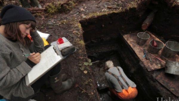 Специалистами были найдены не только остатки жилых построек, а и множество древнейших артефактов.