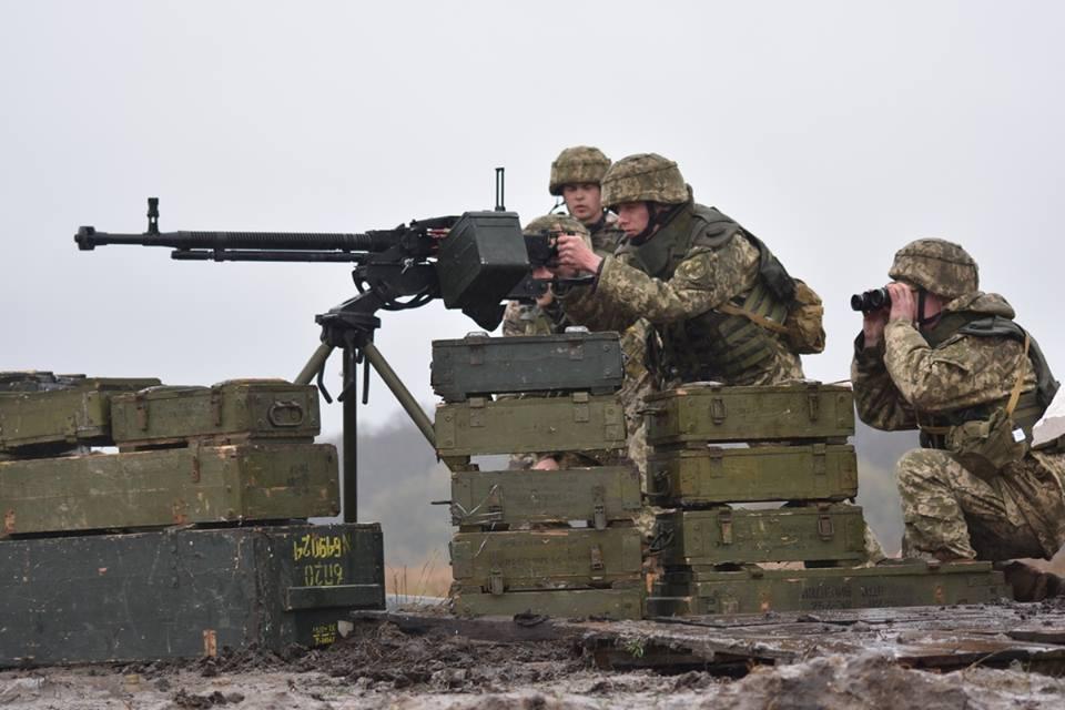 Украинские военные у пулемета, иллюстрация