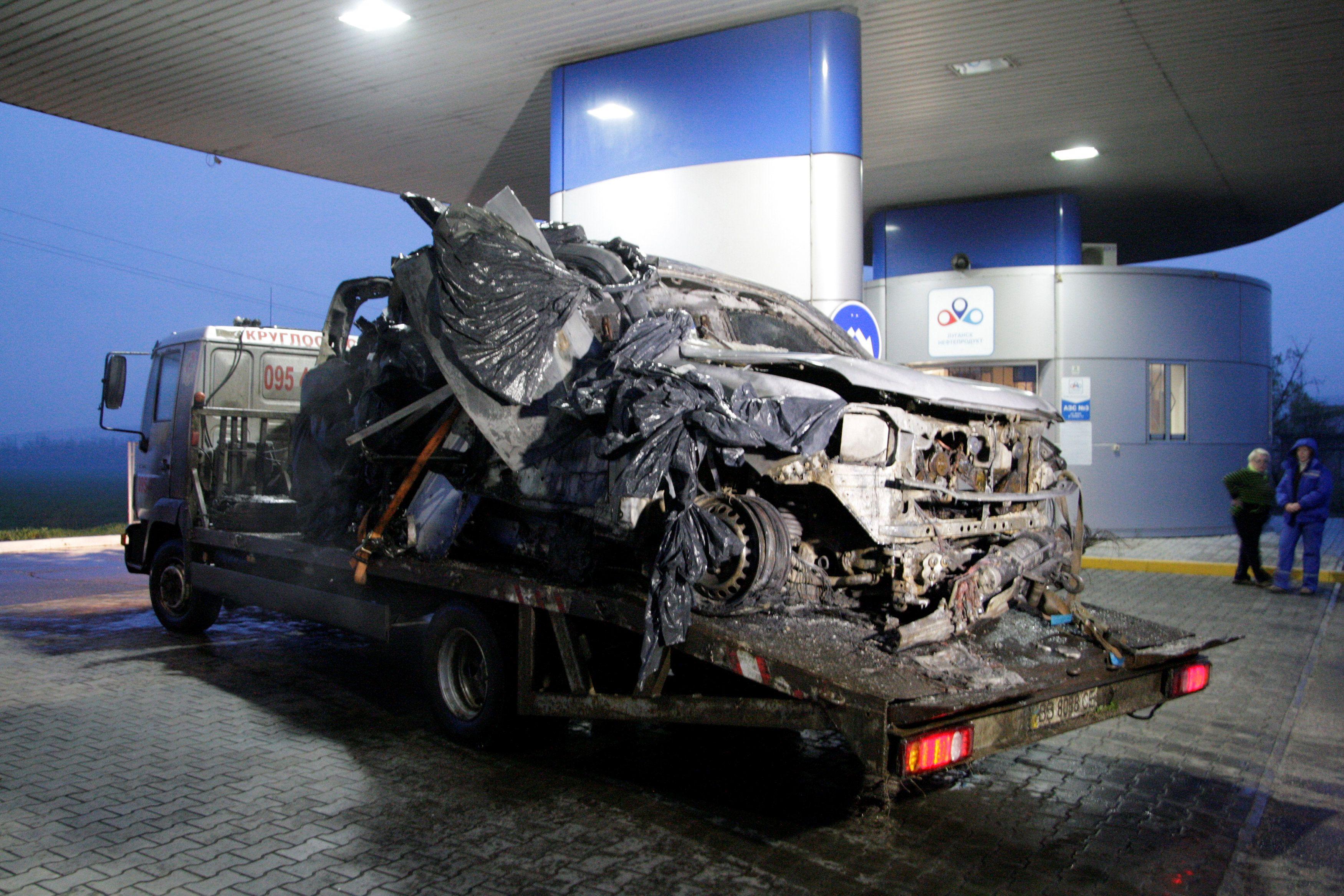 Подорванный автомобиль СММ ОБСЕ