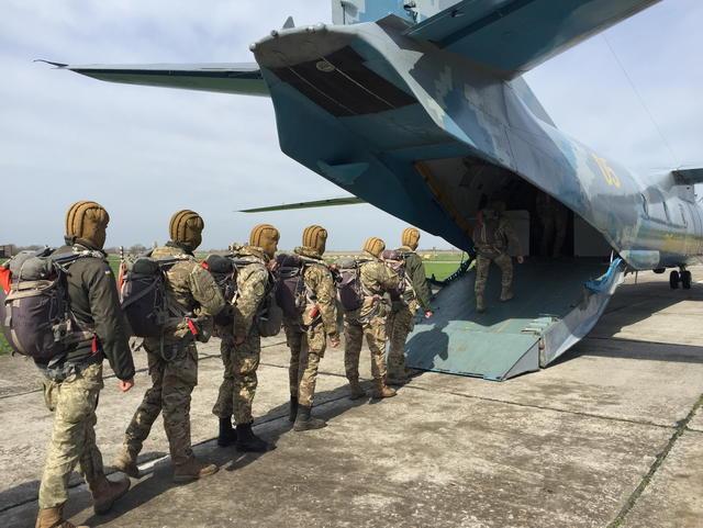 Тренировка десантников ВСУ