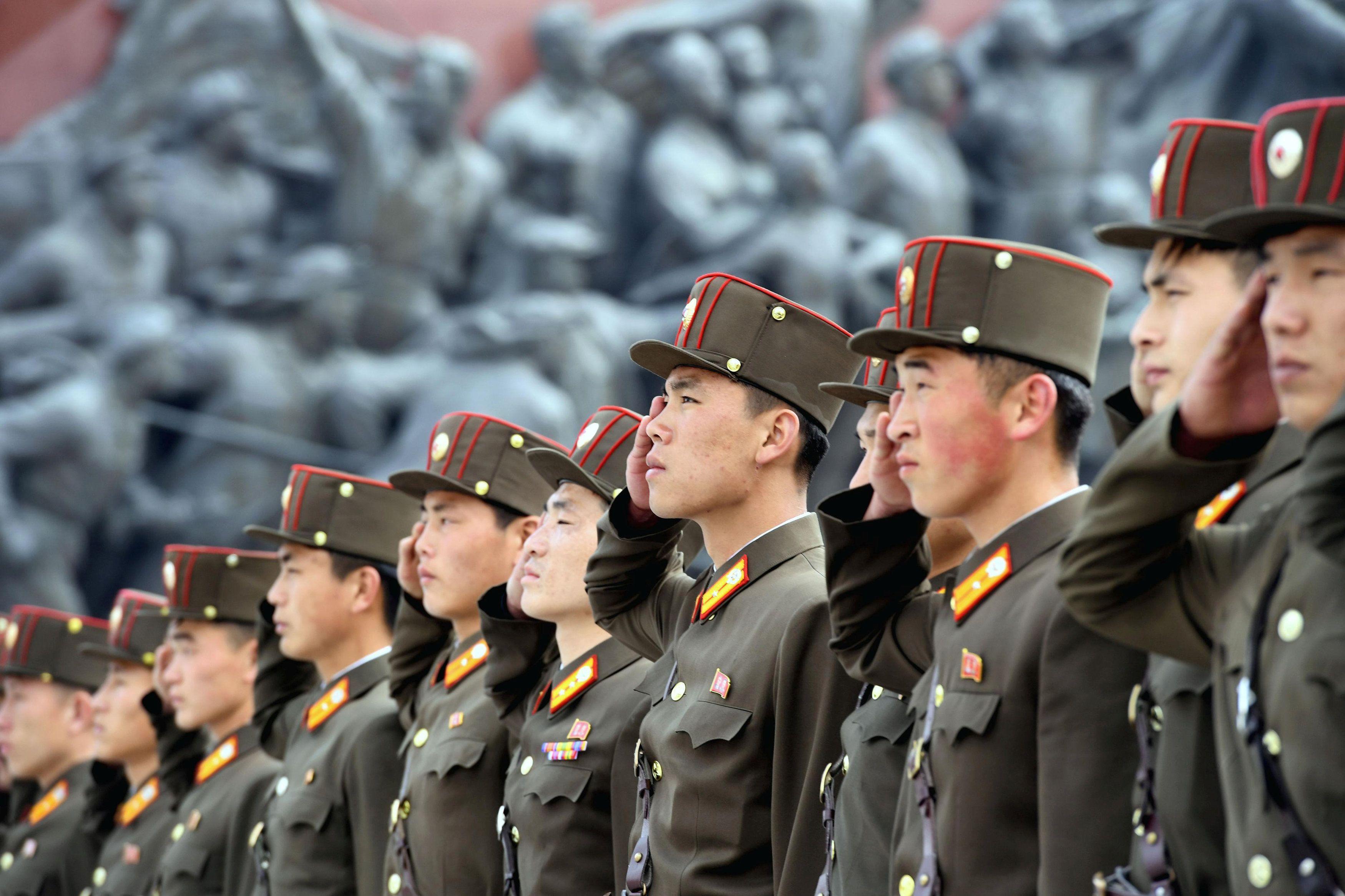 Солдаты КНДР, иллюстрация