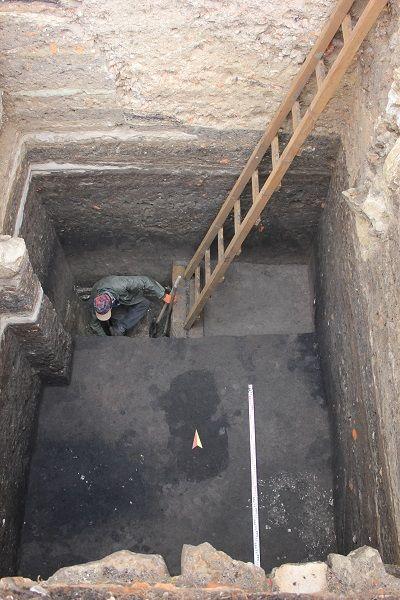 Фото розкопок у Львові