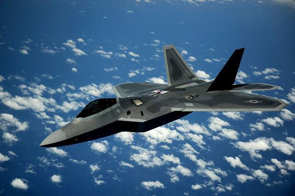 F-22 - один из лучших многоцелевых истребителей современности