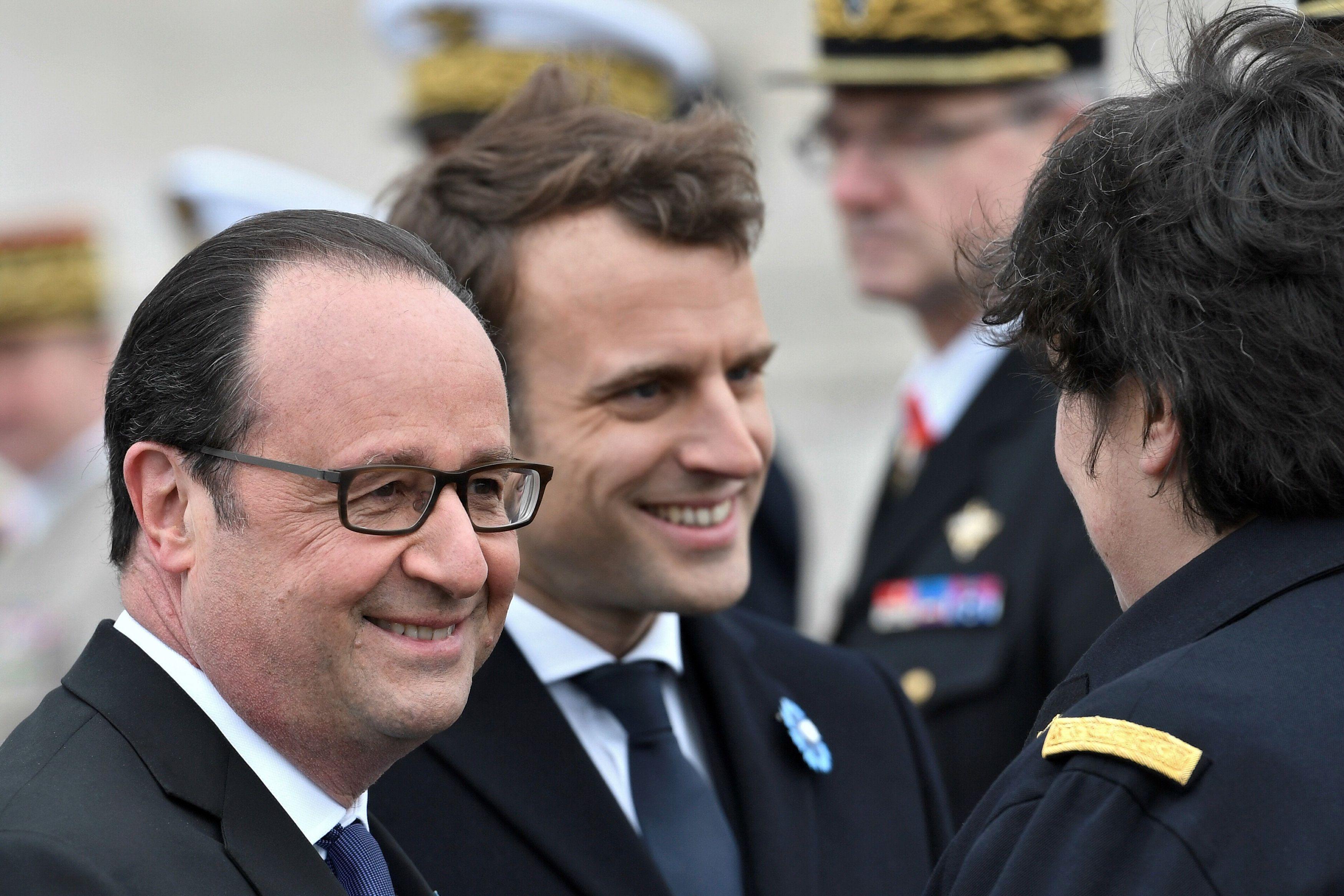 Франсуа Олланд и Эммануэль Макрон