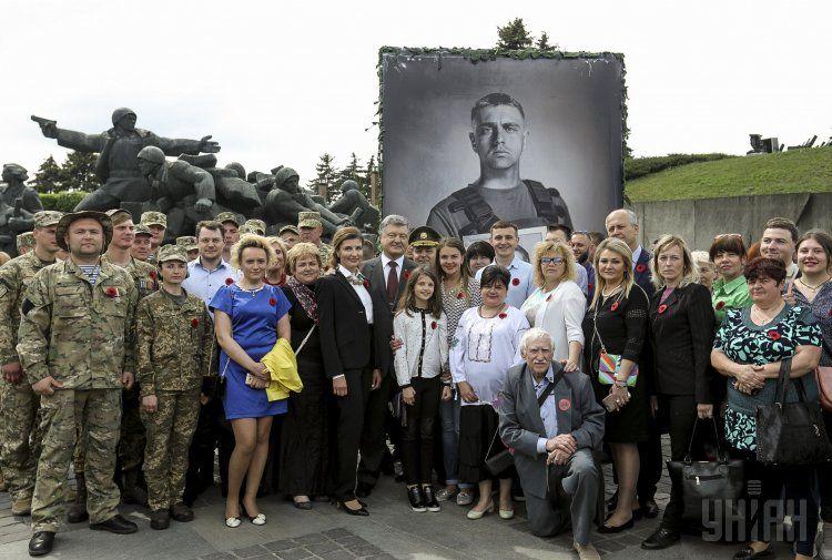 Петр Порошенко на открытии фотовыставки в Киеве
