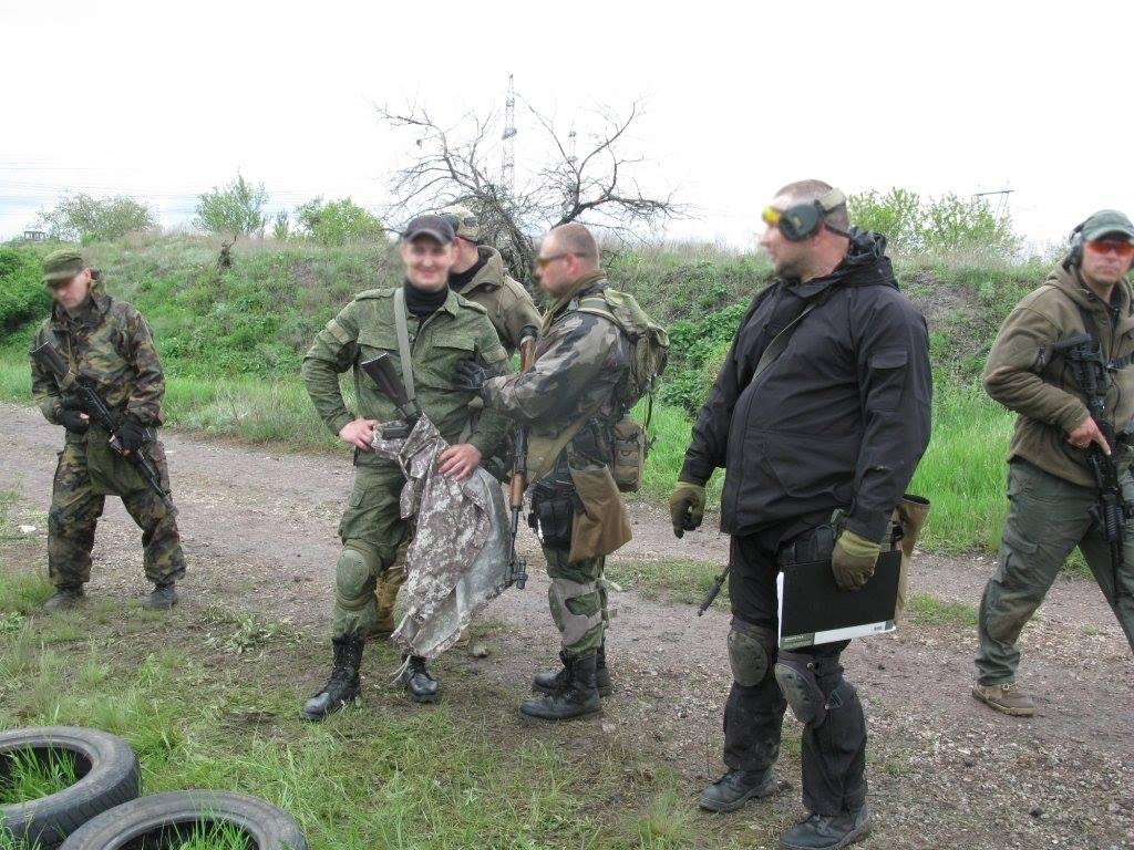 Боевики ЛНР, иллюстрация.