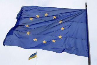 ЕС следит за войсками РФ на границе Украины