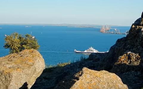 Горы и Черное море, иллюстрация