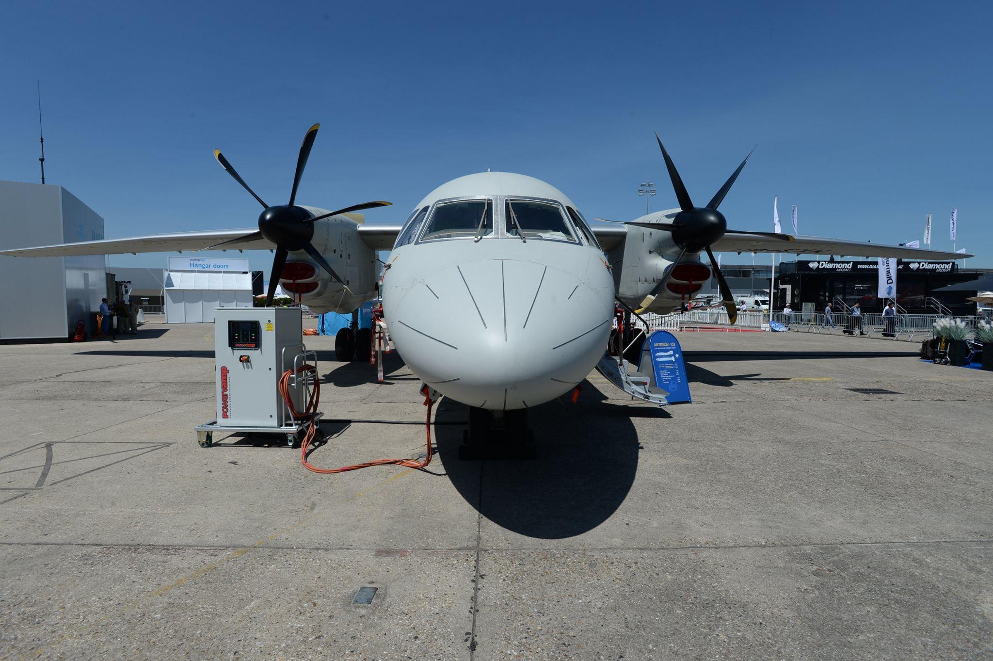 Ан-132D поднялся в небо на знаменитом авиашоу