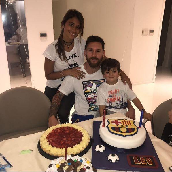 Лионель Месси и Антонелла Рокуццо с сыном