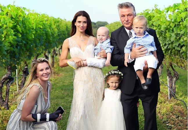 Болдуин с семьей