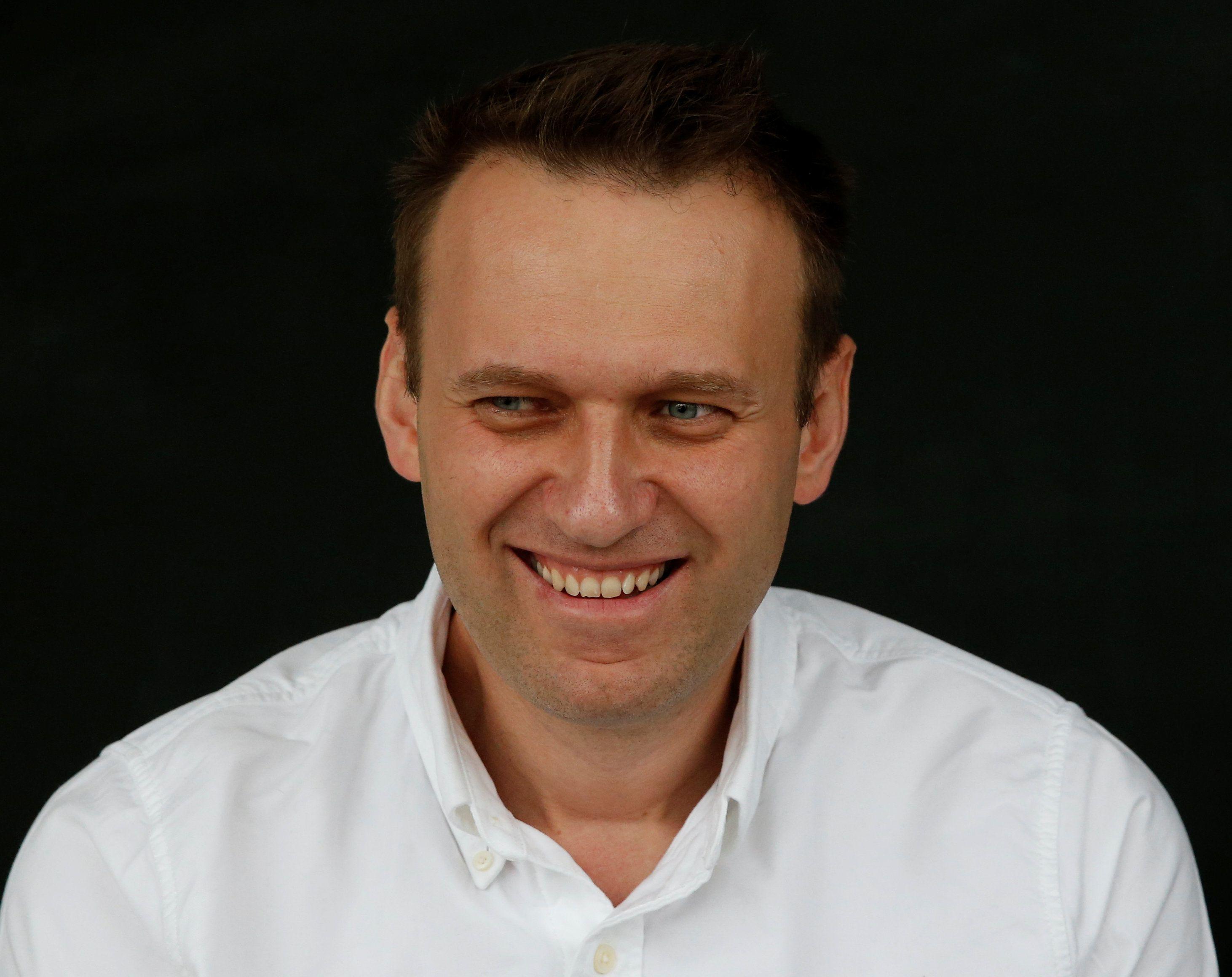 У Навального токсичне отруєння, повідомила його речниця – Навальний отруєння