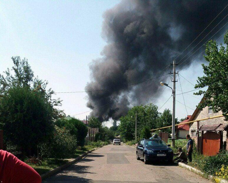 Мощный пожар в Донецке, иллюстрация