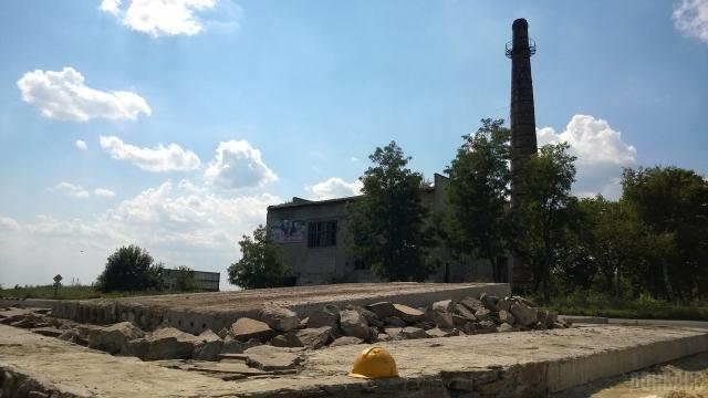 В ЛНР взорвали еще один памятник боевикам