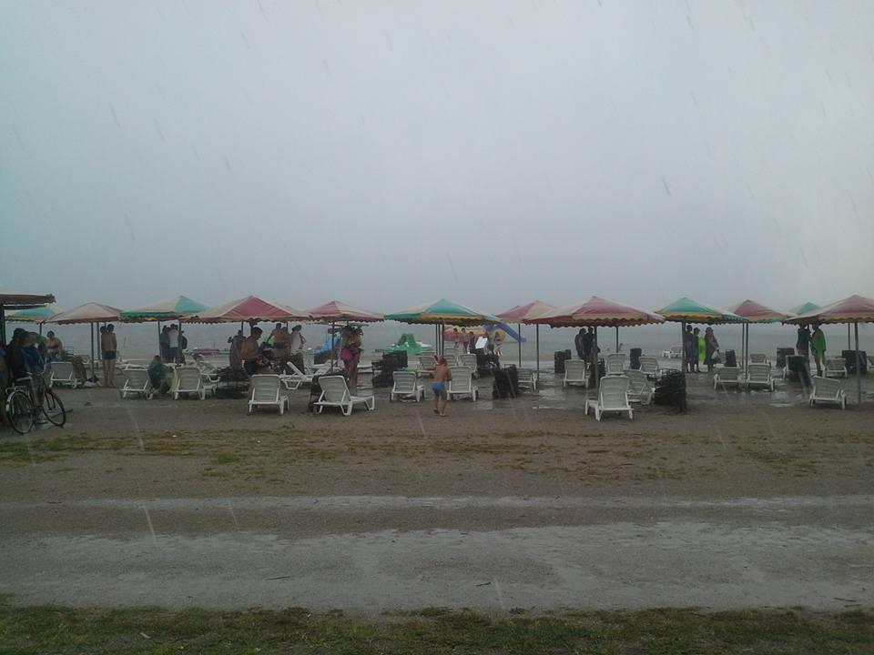 Сильный ливень накрыл Скадовск.