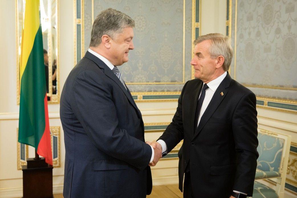 Петр Порошенко и Викторас Пранцкетис