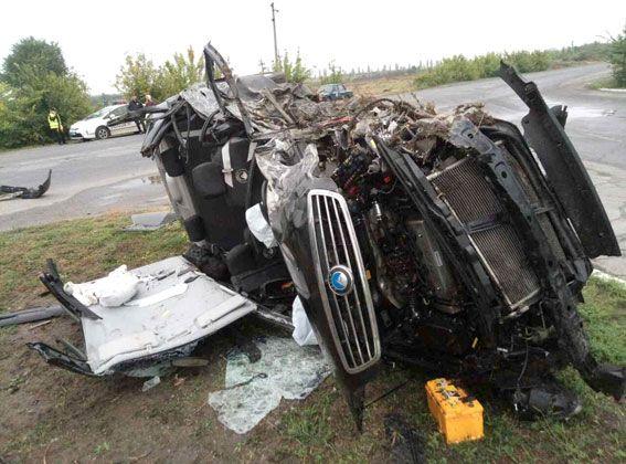 На Полтавщине Volkswagen на встречке протаранил Geely: погибла женщина, пострадали пятеро