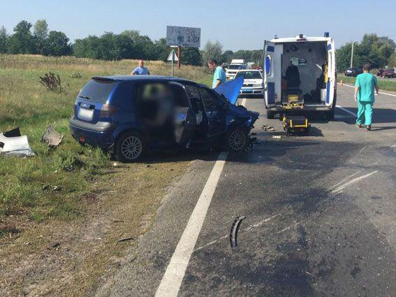 ДТП на Черниговщине. Audi на встречке врезался в Hyundai, есть погибшие и пострадавшие