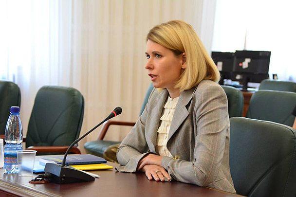 Анна Вронская