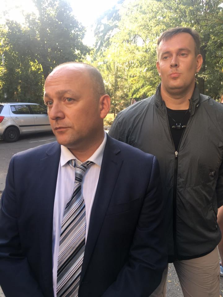 Консула РФ выгнали из-под суда в Черноморске