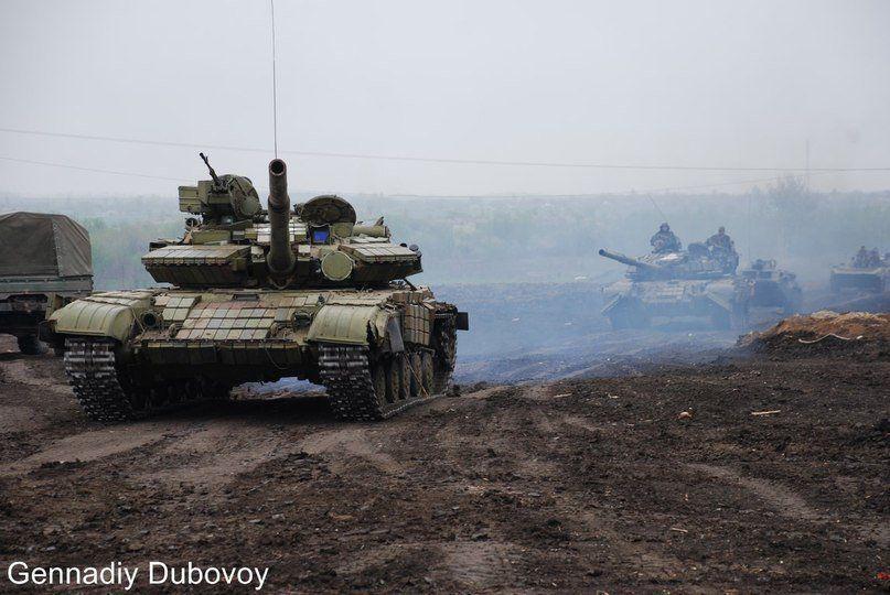 Бронетехника боевиков на Донбассе