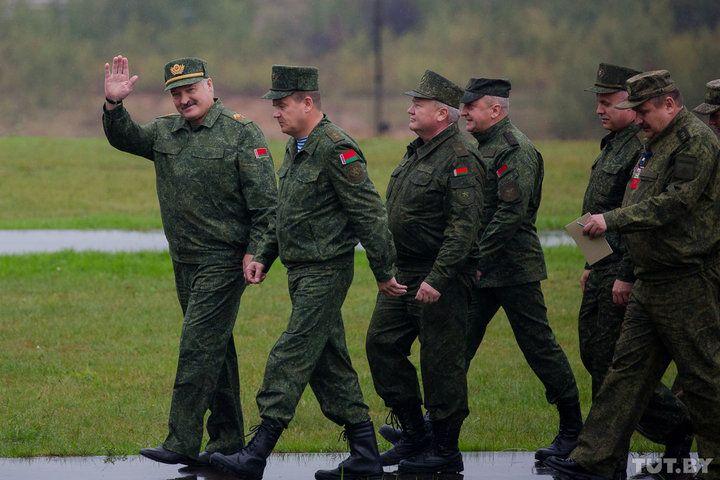 Лукашенко, учения, армия, Запад2017