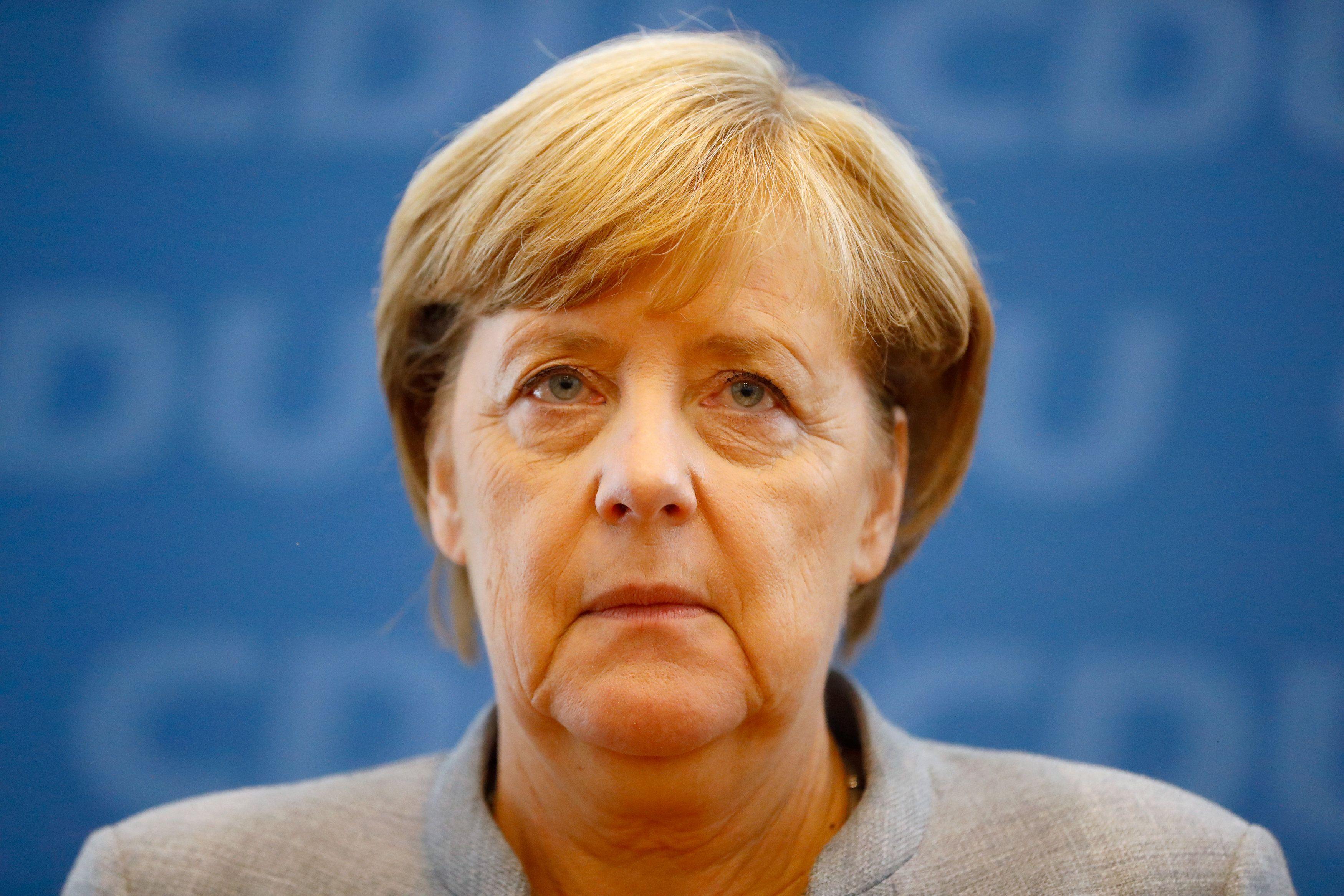 Ангела Меркель и Владимир Зеленский поговорили по телефону