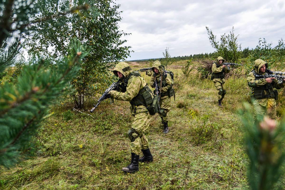 Российские военные на учениях в Беларуси, иллюстрация.