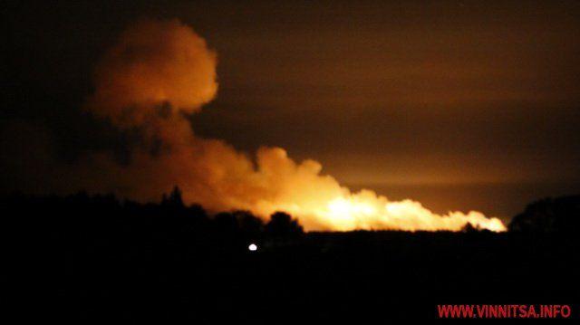 Подробности взрыва на крупнейшем складе боеприпасов ВСУ под Винницей, опубликованы фото и видео