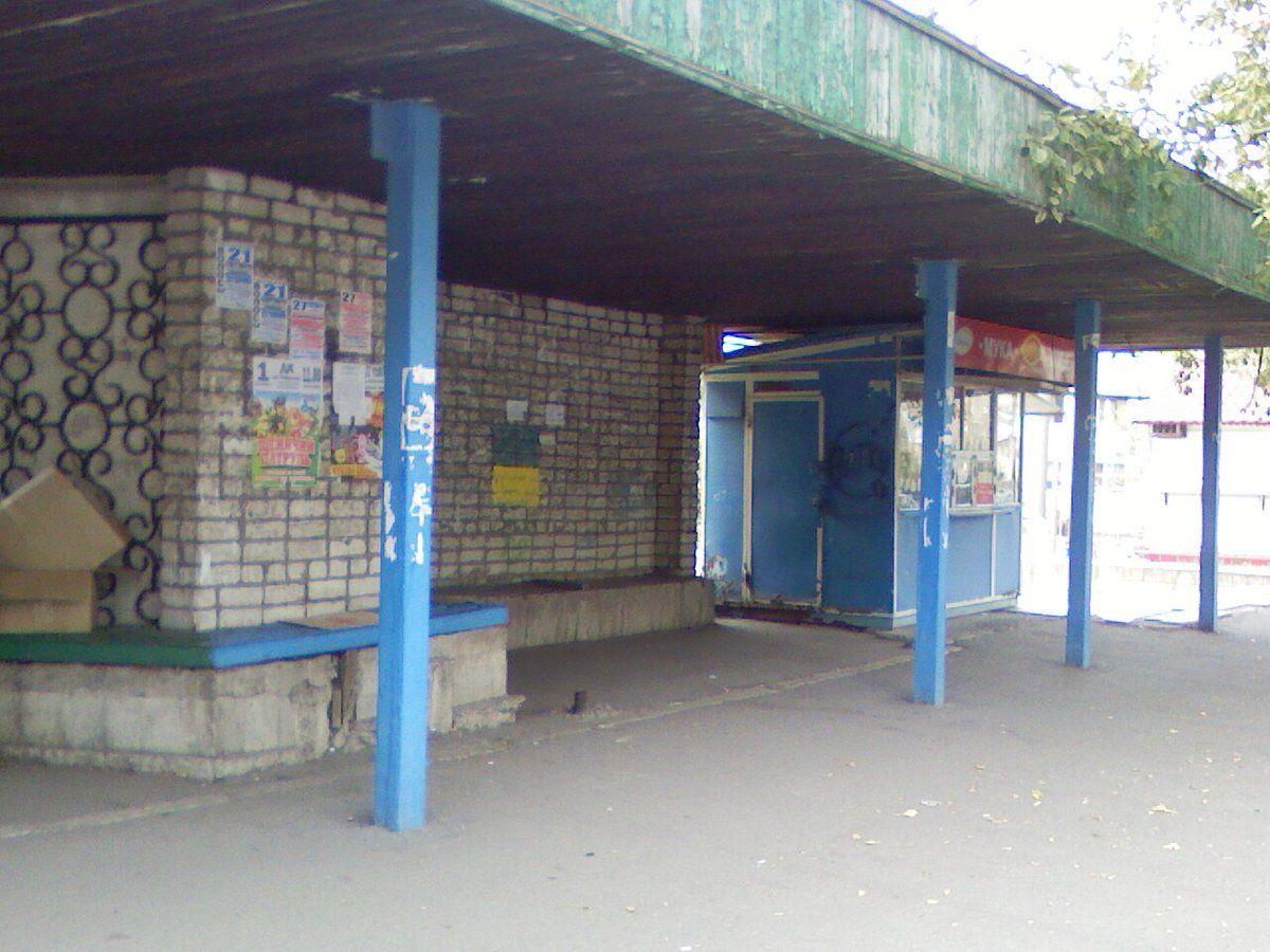 """Должанск, остановка """"Городская поликлиника"""""""