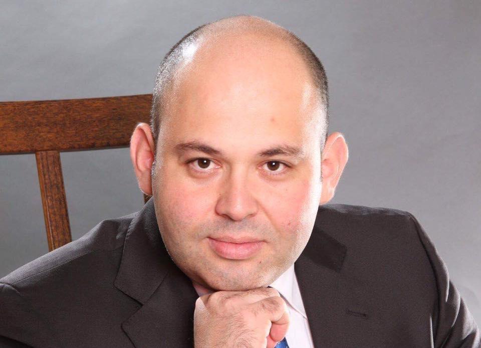Михаил Бинусов.