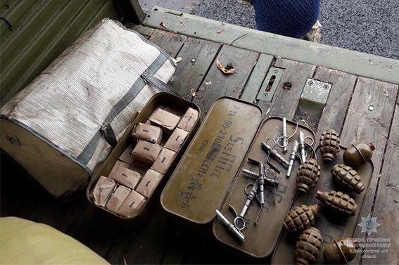 На Днепропетровщине перехватили грузовик с опасным грузом