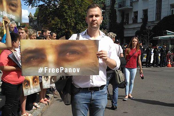 Игорь Котелянец требует освобождения Евгения Панова