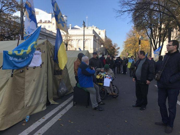 Протесты под Радой так и не переросли в что-то масштабное