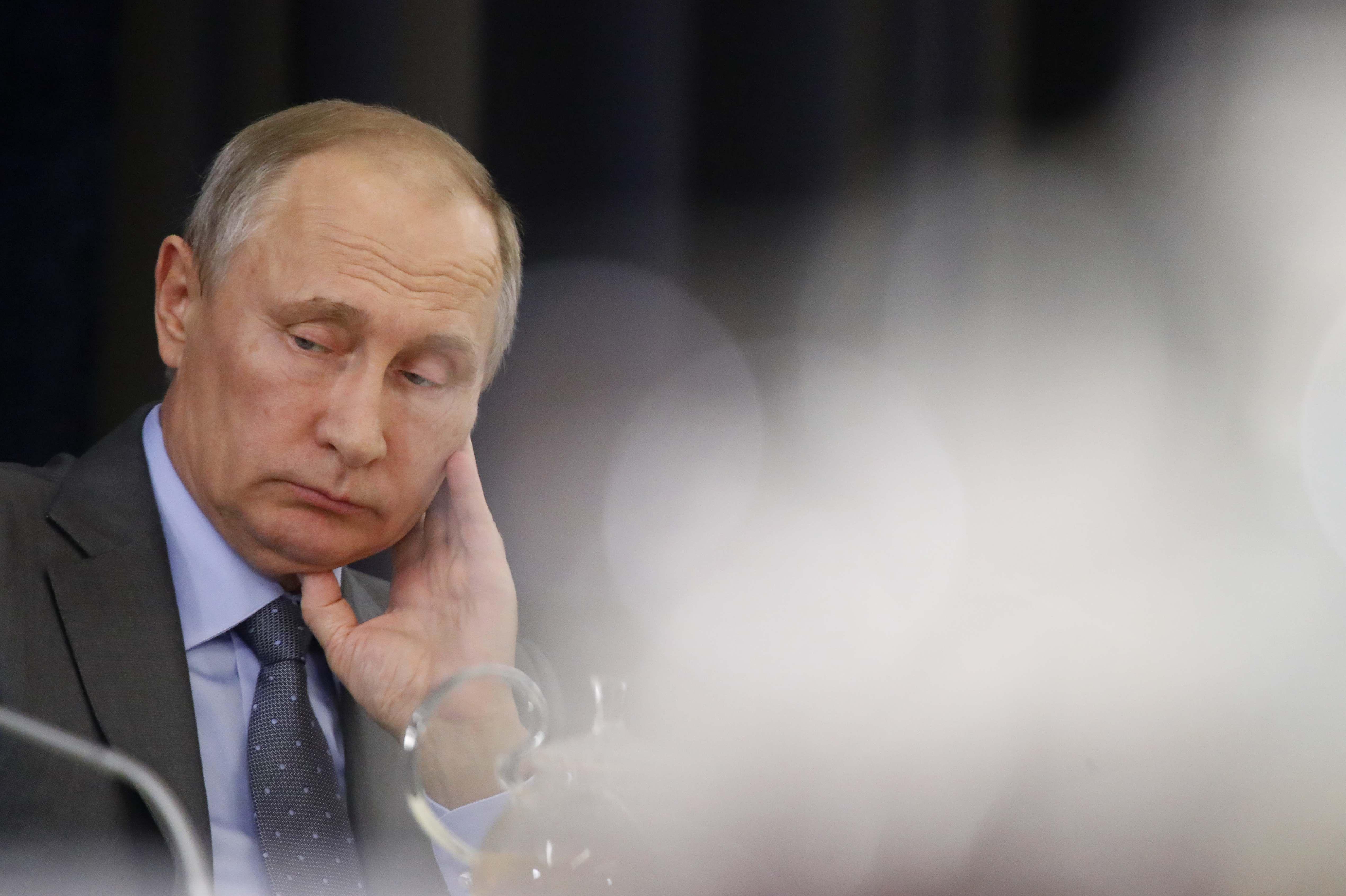 Путин избегает разговора о событиях 100-летней давности