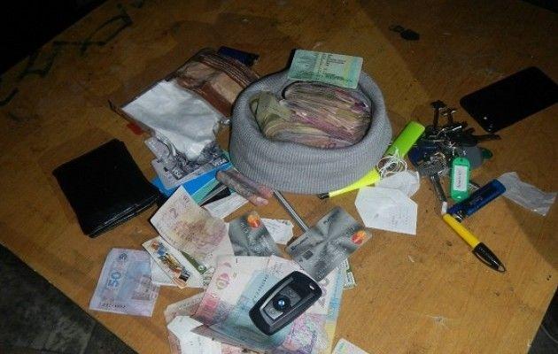 Облава в ночном клубе Киева. Задержаны 17 человек с наркотиками, 32 призывников отправили в военкомат
